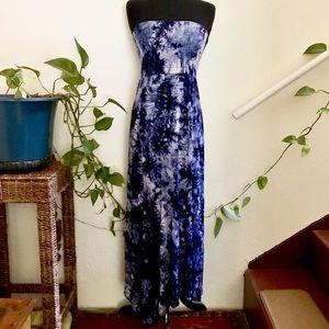 5th & Love Strapless Blue Batik Tie Dye Dress